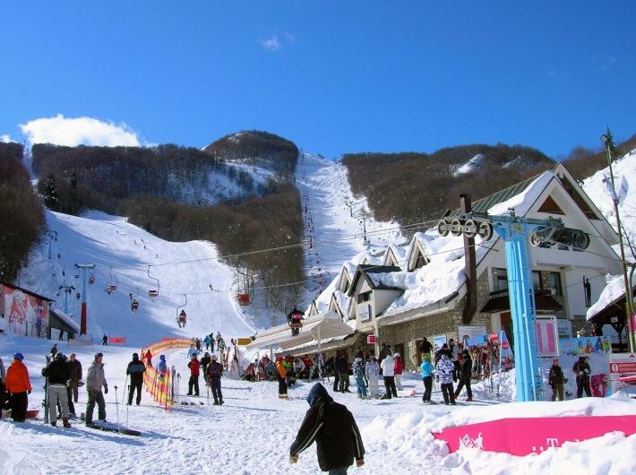 7 Ski and heritage tour