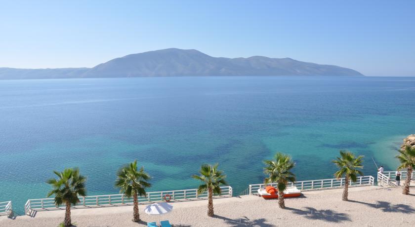 Coral Hotel & Resort (4)